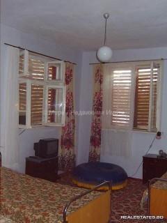 къща на 10 км. от центъра на Бургас - 29 900 Евро